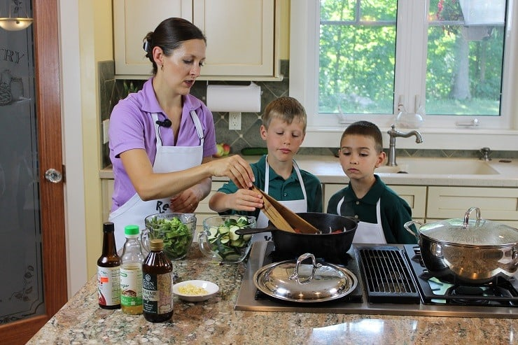 Kids Cook Real Food eCourse - teach kids to cook in fun ways!