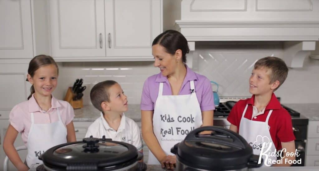 Kids learn to use the Instant Pot in this video course