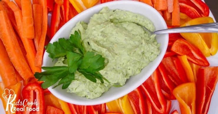 veggies and avocado dip